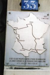 33, quai Arloing : plaque commémorative du 1er tour de France (1903)