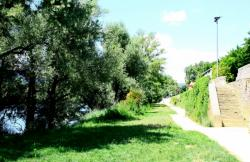 [Promenade de Fontaine-sur-Saône, ancien chemin de halage]