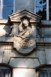 12, quai Jaÿr : groupe scolaire de la Gare d'Eau (détail)