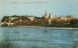 Avignon - Vue d'ensemble du Palais des Papes