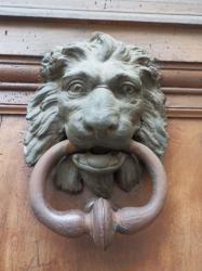 Heurtoir, 33 rue Royale