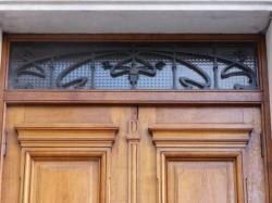 Imposte art nouveau, 14 place Gabriel-Rambaud