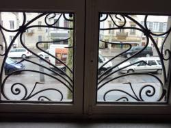 Imposte art nouveau, 44 boulevard de la Croix-Rousse