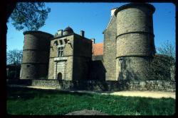[Château, Saint-Marcel-de-Félins]