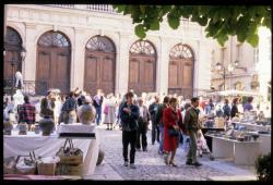 [Tupiniers du Vieux-Lyon, place du Change]