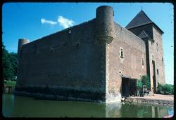[Château Montrenard, Pouilly-sous-Charlieu]