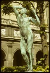 [Jardin du Palais Saint-Pierre : L'âge d'Airain, de Rodin]