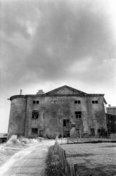 [Château de Rochebonne à Theizé-en-Beaujolais (Rhône)]