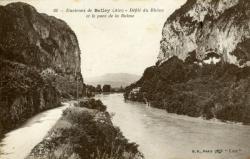 Environs de Belley (Ain) - Défilé du Rhône et le pont de la Balme.
