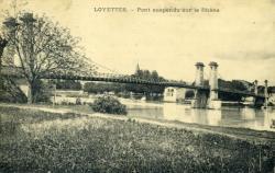 Loyettes - Pont suspendu sur le Rhône.