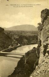 Virignin (Ain) - Le pont de la Balme sur le Rhône.