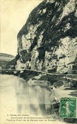 Environs de St-Genis-sur-Guiers Rhône vers le Pont de la Balme sur le Rhône.