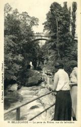 Bellegarde - La perte du Rhône, vue du belvédère.