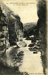 Bellegarde - Gorges du Canon du Rhône - Les rapides de Malpertuis.