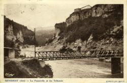Génissiat (Ain) - La Passerelle et les Tribunes.