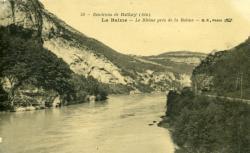 Environs de Belley (Ain) La Balme - Le Rhône près de la Balme.