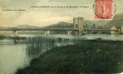 Pont-de Cordon sur le Rhône et les Montagnes du Bugey.