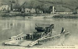 Groslée. -Passage du RHône en bac et le port de Groslée.