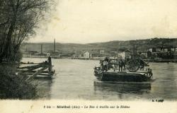 Miribel (Ain) - Le Bac à traille sur le Rhône