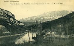 Vallée du Rhône. - La Maladière, ancienne léproserie du XIè siècle. - Le Mont du Chat