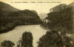 Environs de Belley - Yenne - Le Rhône et le Fort de Pierre-Châtel