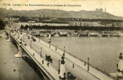 LYON. - Le Pont Gallieni et le coteau de Fourvière