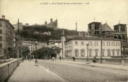 Lyon - Pont Tilsitt, St-Jean et Fourvière.