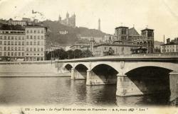Lyon. - Le Pont Tilsitt et coteau de Fourvière