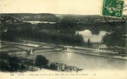 Lyon. - Panorama du Parc de la Tête d'Or et du Pont de la Boucle.