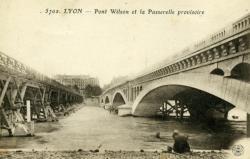 Lyon. - Pont Wilson et la Passerelle provisoire