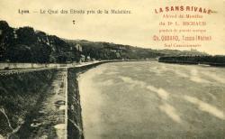 Lyon. - Le Quai des Etroits pris de la Mulatière.