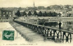 La Mulatière. - La ville et le barrage.