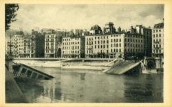 Lyon - Les ponts meurtris.