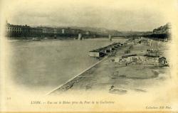 Lyon. - Vue sur le Rhône prise du Pont de la Guillotière