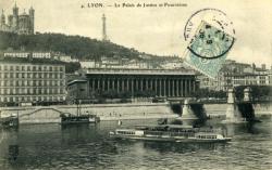 Lyon - Le Palais de Justice et Fourvières