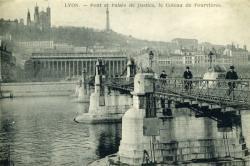 Lyon. -  Pont et Palais de Justice, le Coteau de Fourvières.