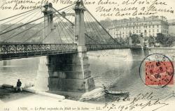 Lyon. - Le Pont suspendu du Midi sur la Saône.