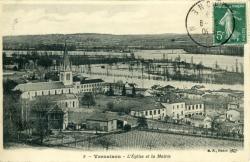 Vernaison - L'Eglise et la Mairie