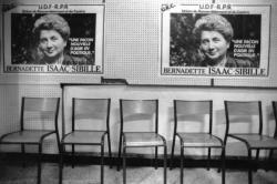 [Elections législatives de 1988. Affiches électorales de la candidate B. Sibille-Isaac (U.R.C.)]