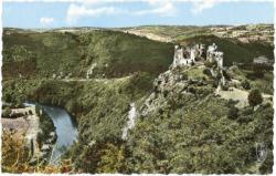 Vallée pittoresque de la Sioule Château-Rocher.