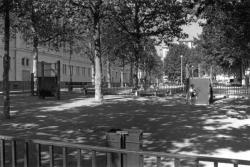 [Square de la place Commandant-Arnaud]