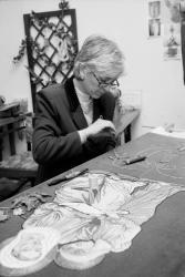 [Atelier Saint-Michel : restauration et création de vêtements liturgiques]