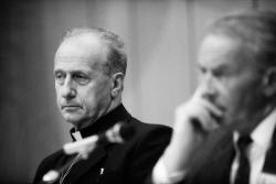 """[Colloque international """"Culture chrétienne et Droits de l'homme"""" (1re journée)]"""