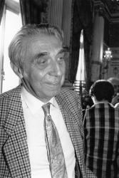 [Elections législatives de 1988 (2nd tour) : Franck Sérusclat, sénateur-maire de Saint-Fons]