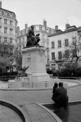 [Monument à André-Marie Ampère (après restauration)]