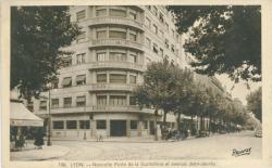 Lyon : Nouvelle Poste de la Guillotière et avenue Jean-Jaurès.