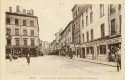 Lyon : La Grande Rue de la Guillotière et l'Eglise Saint-Louis.