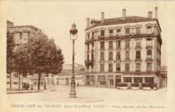 Grand café des Tilleuls ; place Jean-Macé.
