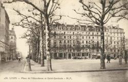 Lyon : Place de l'Abondance et Gaîté-Gambetta.