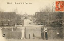 Lyon : Caserne de la Part-Dieu.